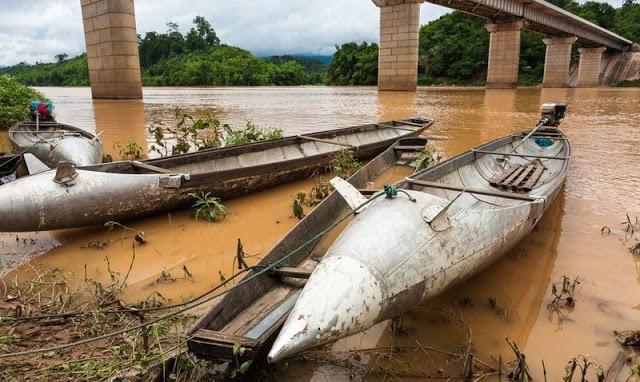 Korban perang Laos gunakan bekas bom jadi perahu hingga rumah tinggal