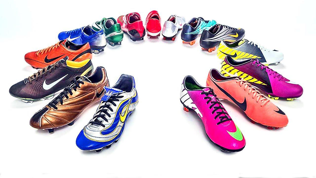 Komunitas ini menggilai sepatu sepak bola bukan klub bola, unik ya!