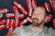 Pria ini minum 10 kaleng minuman soda sehari dalam sebulan, hasilnya?