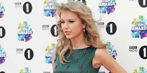 Ternyata Taylor Swift punya 5  'kembaran' di dunia, mirip nggak?