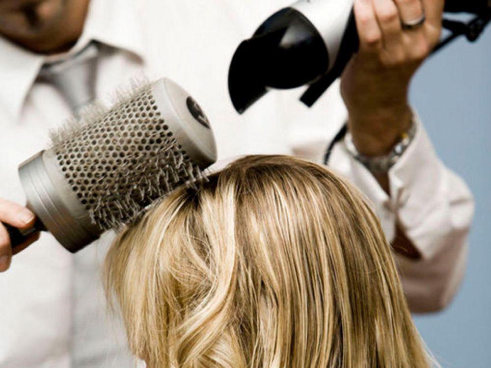 Trik jitu ini bisa kamu coba agar rambutmu mengembang sempurna, cantik
