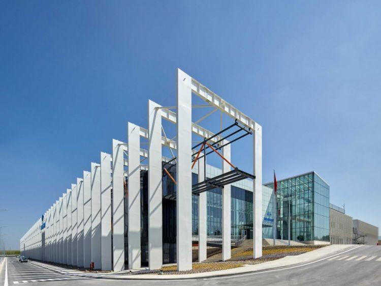 29 Desain unik bangunan gedung seluruh dunia ada