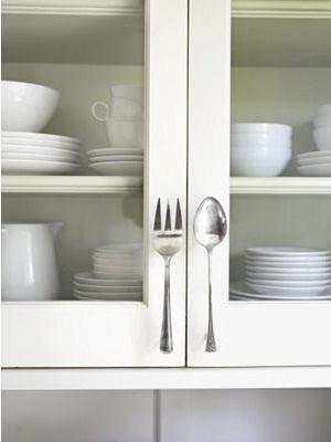 Kreatif, sendok dan garpu bisa kamu jadikan kerajinan yang unik lho!
