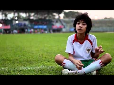Emir Mahira, bocah 'Garuda di Dadaku' ini kini ganteng & stylist
