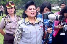 Foto yang diunggah Ani Yudhoyono ini bikin geger netizen, apa ya?