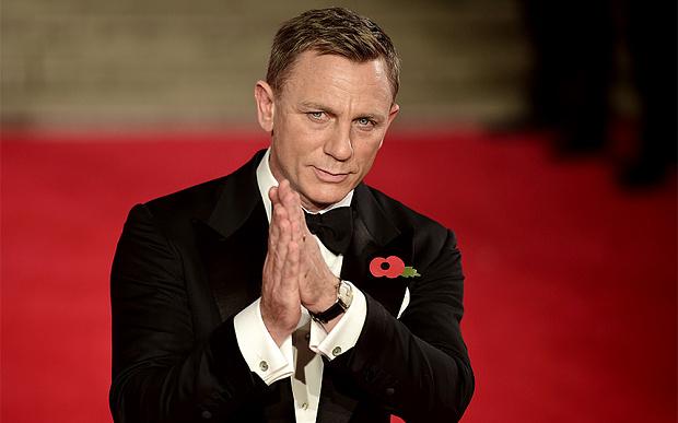 'Pensiun' jadi James Bond, Daniel Craig resmi main di serial TV