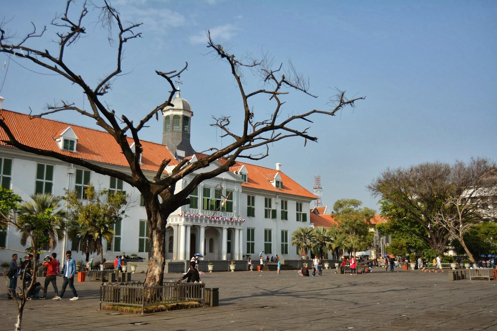 Curhatan pengamen Kota Tua Jakarta, revitalisasi mengancam pekerjaan