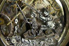 20 Karya seni menakjubkan yang terbuat dari jam tangan bekas