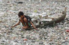 12 Fakta tak terduga ini bukti mengerikannya kantong plastik, duh!