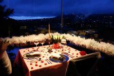 Tempat paling romantis di Bandung buat kamu dinner bareng si doi