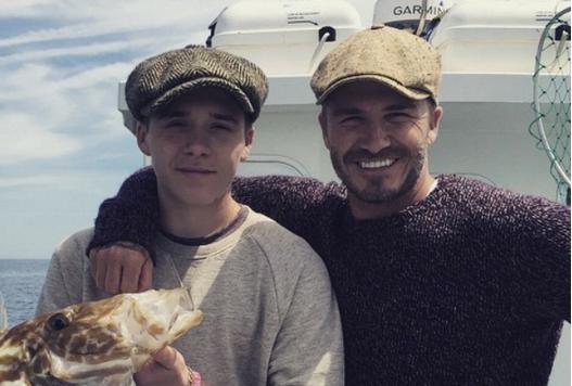 16 Foto ini bukti Beckham sosok ayah yang hangat, bikin haru!