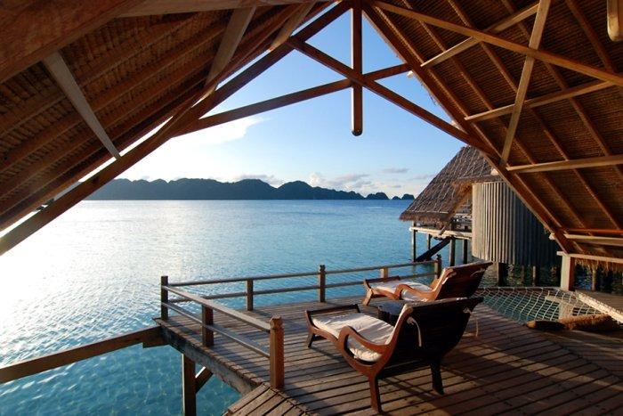 12 Hotel keren di Indonesia, buka jendela langsung pantai!