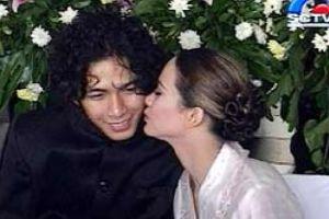 Ngaku fans berat, Mawar datangi nikahan idolanya meski tak diundang