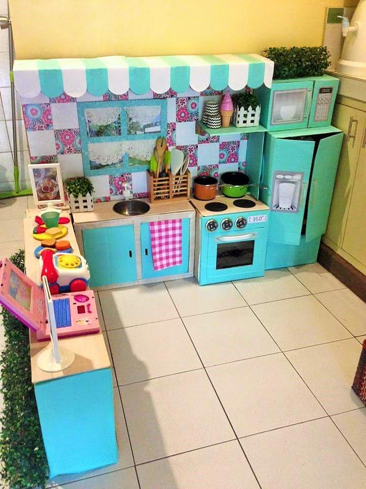 Ibu Ini Sulap Kardus Bekas Jadi Dapur Mini Yang Cantik Kreatif