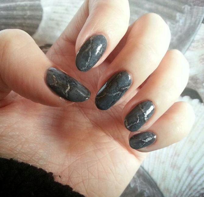 10 Stones nail ini bikin kukumu berkilau bak marmer, unik ladies!