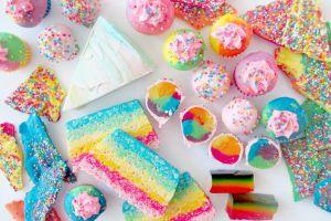 7 Rainbow Cakes cantik ini bisa kamu buat sendiri di rumah lho!