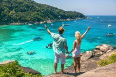 10 Tempat wisata dunia paling populer untuk melamar pasangan, aww!