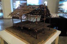 Mahasiswa UI teliti arsitektur rumah atas pohon suku Korowai