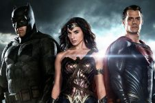 13 Fakta mengejutkan film Batman v Superman, bikin nggak sabar nonton!