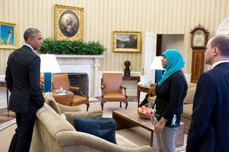 Rumana Ahmed, wanita berhijab penasehat keamanan Presiden Obama