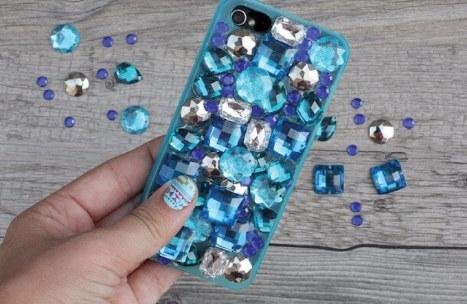 13 Case iPhone unik & keren yang bisa kamu bikin sendiri di rumah