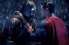 Pemeran Batman malah larang anaknya nonton Superman v Batman, ada apa?