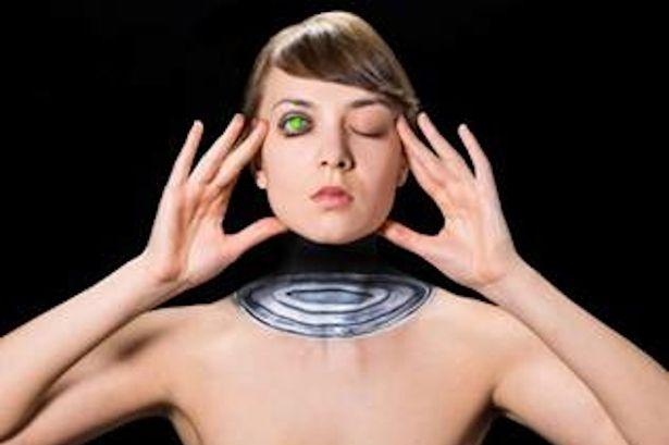 17 Hasil 3D makeup ini sangat mengagumkan, kamu tertarik nggak?
