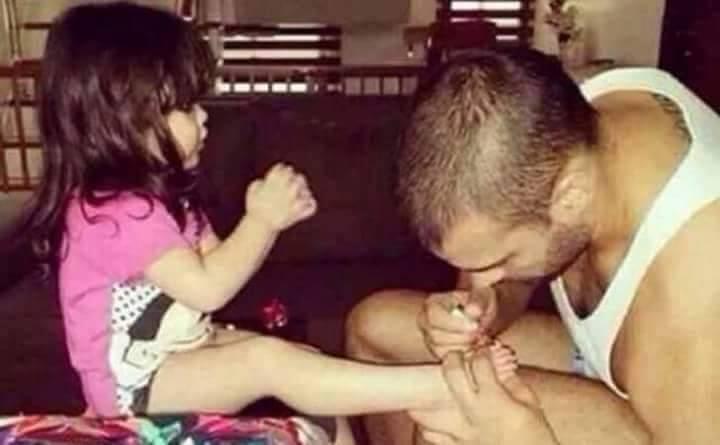 20 Foto kedekatan ayah dan anak perempuannya, bikin gemas ih!