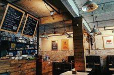 10 Kedai kopi di Malang ini layak kamu singgahi, asyik buat nongkrong!