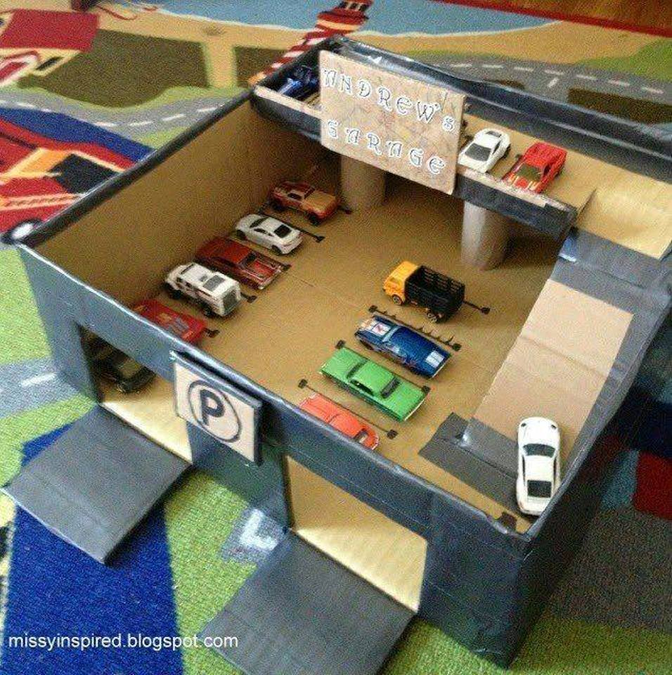 Как сделать ребенку гараж для машинок своими руками 35