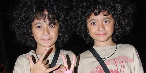 Si kembar artis cilik Nakula Sadewa sekarang udah gede, cakep abis!