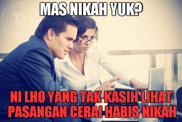 15 Meme kocak jawaban cowok kalau diajak nikah, ada-ada aja ngelesnya!