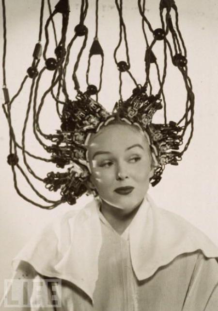 15 Hair dryer jadul ini unik banget, ada yang mirip tanjidor!