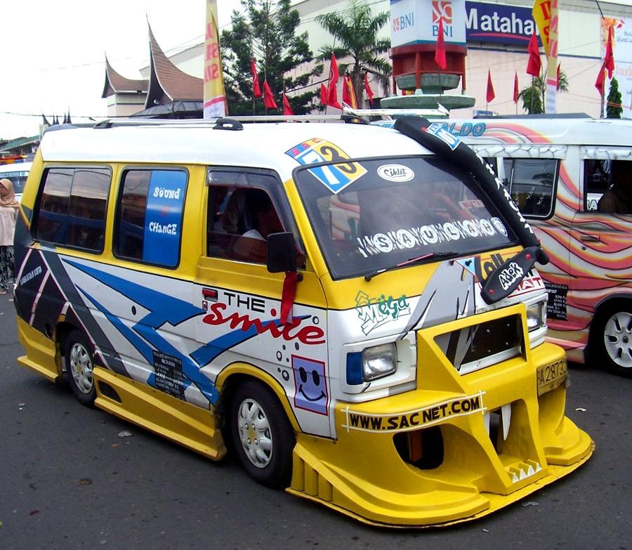 15 Angkot modifikasi ini tak ada duanya, cuma ada di Indonesia