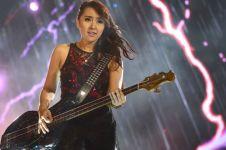 10 Gitaris & bassis cewek di belantika musik Indonesia, keren euy!