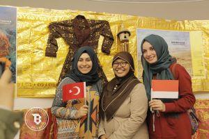 Warga Turki terkagum-kagum melihat pesona budaya Indonesia