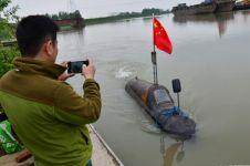 Cuma dengan Rp 10 juta, pria ini ciptakan kapal selam dari rongsokan!