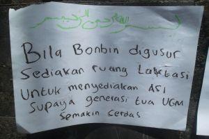 12 Poster lucu mahasiswa UGM tolak relokasi Kantin Bonbin