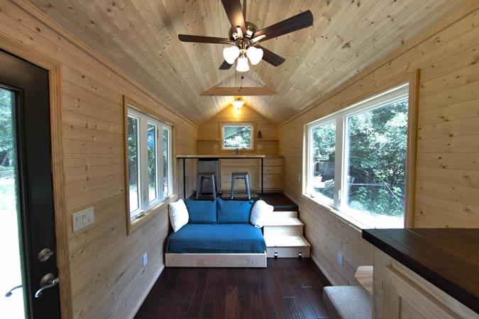 Truck House Rumah Mini Dari Mobil Bekas Tapi Tetep Homey