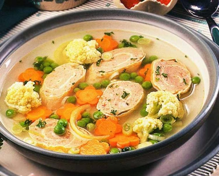 Sup sayur telur gulung ini solusi jitu atasi kebosanan menu, coba saja