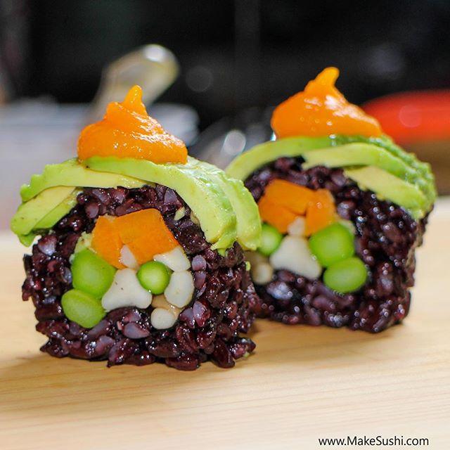 Kuliner - 15 kreasi unik sushi, dari tanpa nasi hingga berpola mozaik. © 2016 brilio.net