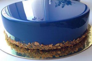 Kamu suka mirror glaze cake? Ini resepnya agar kamu bisa bikin sendiri