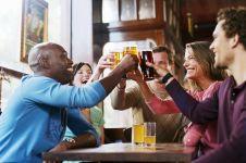 Ini bahayanya kalau kamu demen nongkrong dengan minuman bersoda!