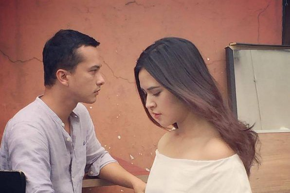 Foto Raisa dan Nicholas Saputra bikin netizen baper, ada apa?