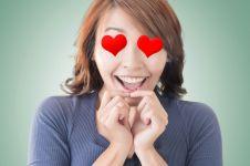 Begini bentuknya emoji untuk wanita karir, kamu mupeng nggak sih?