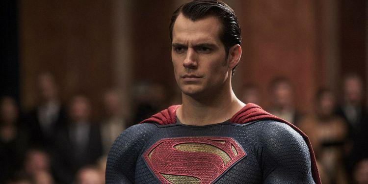 Poster tak terpakai Batman v Superman beredar, ada yang salah?