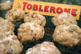 10 Olahan ini bisa kamu coba untuk kreasikan cokelat Toblerone, unik!