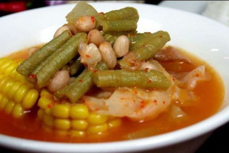 Sayur asem Jakarta memang enak dan bikin rindu, yuk intip resepnya!