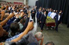 11 Foto prosesi pemakaman Muhammad Ali, bikin ikut nangis