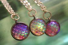 15 Perhiasan ini terinspirasi zaman batu dahulu kala lho, unik!
